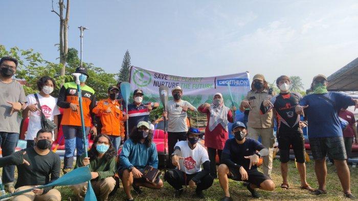Peringati World Up Clean Day, Warga Hingga Komunitas Gelar Acara Bersih-Bersih Situ Tujuh Muara