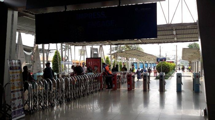 Mulai Senin Besok, Puluhan Bus Sekolah Siap Antar Penumpang KRL dari Stasiun Bogor Menuju Jakarta