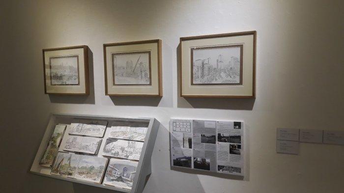 Melihat Jakarta Lewat Goresan Sketsa: Kardus dan Pecahan Genteng Jadi Kanvas Lukisan