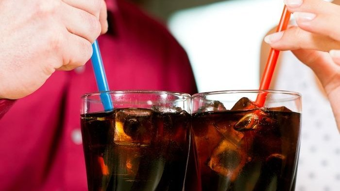 Simak 4 Efek Samping Minum Soda, Salah Satunya Berdampak Pada Gigi