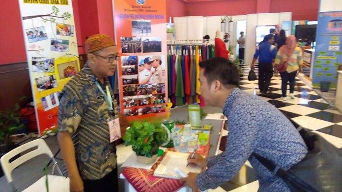 Dinsos DKI Sosialisasikan Kartu Lansia di Jakarta Fair Kemayoran 2018