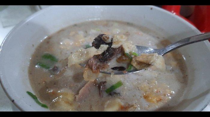 Mencicipi Soto Betawi Haji Ma'ruf, Kuliner Legendaris Langganan Pejabat Negara Sampai Artis
