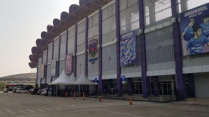 Stadion Indomilk Arena yang dijadikan satu dari beberapa venue Liga 1 yang berlokasi di Kecamatan Kelapa Dua, Kabupaten Tangerang.