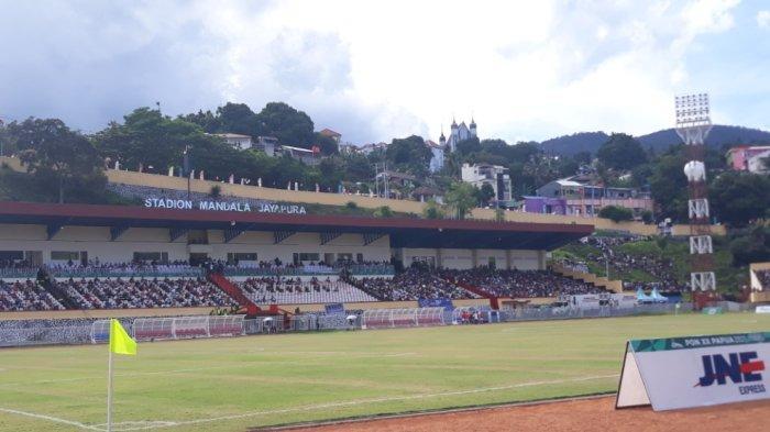 Penonton Membludak Tonton Final PON Papua Vs Aceh di Stadion Mandala: Kami Rindu Sepak Bola
