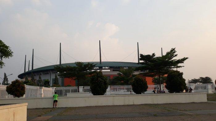 Suasana Stadion Pakansari, Bogor, sebelum pertandingan Persik Kediri melawan Borneo FC
