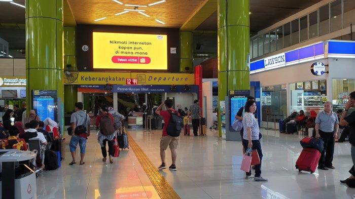 Libur Panjang, 1.900 Penumpang Kereta Api Ikut Rapid Test di Stasiun Gambir dan Pasar Senen