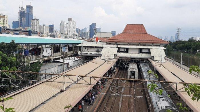 Stasiun Tanah Abang Tak Beroperasi pada Sore Hari, Penumpang MRT Jakarta Meningkat