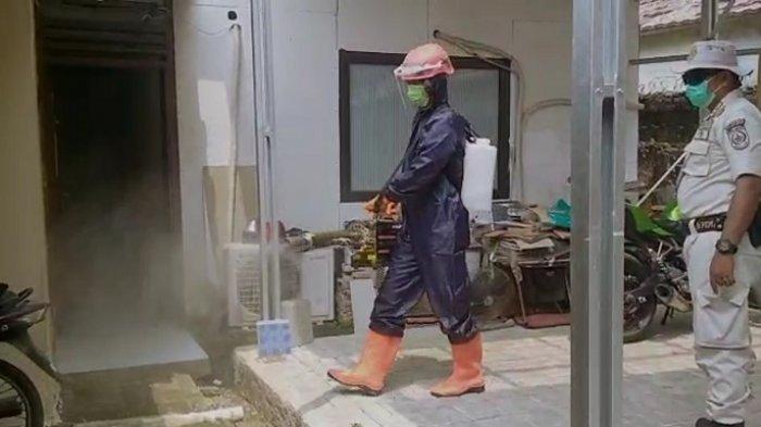 Sterilisasi Kantor KPU, Damkar Depok Gunakan Thermal Flogger
