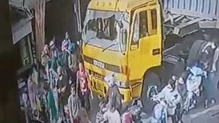 Rombongan Pengantar Jenazah Keroyok Sopir Truk di Cilincing, Saksi: Ada yang Naik ke Atas Mobil
