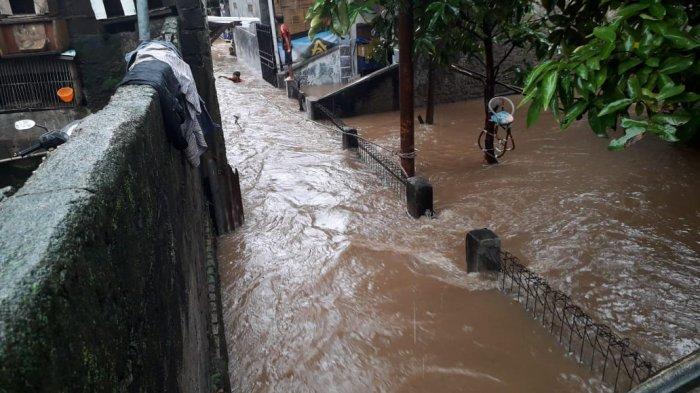 6 RW Titik Banjir di Lubang Buaya, Lurah: Belajar Mengajar Terpaksa Diliburkan