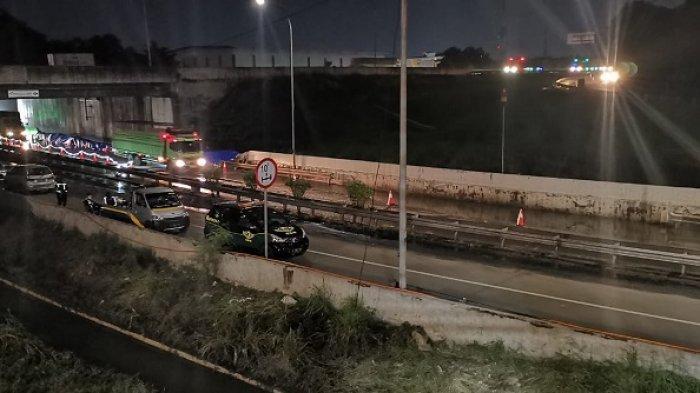 Akses Keluar Bitung Jalan Tol Jakarta Tangerang Telah Dibuka Kembali Setelah Sempat Tergenang