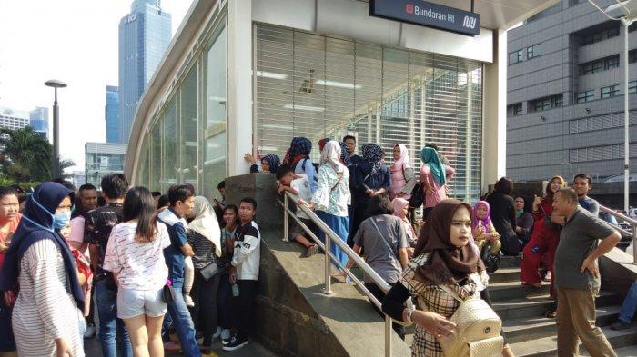 Penumpang Membludak, Stasiun MRT Bundaran HI Tutup Sementara