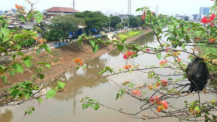 Bocah Laki-laki Tenggelam di Kali Cideng, Sudah 24 Jam Belum Ditemukan