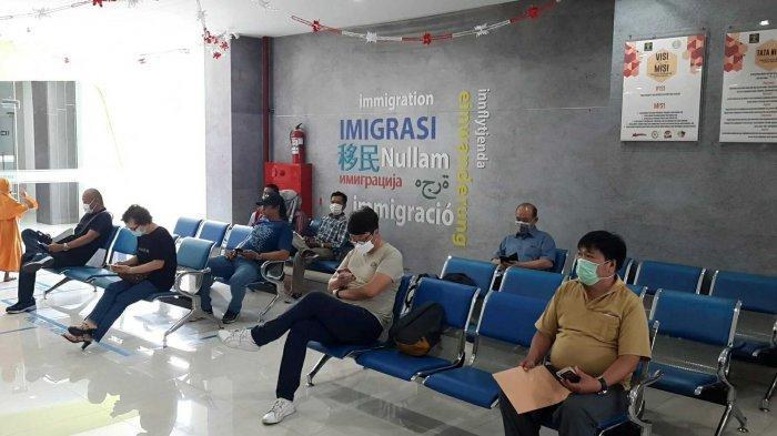 Pemohon Paspor di Kantor Imigrasi Bekasi Menurun 50 Persen Akibat Wabah Corona