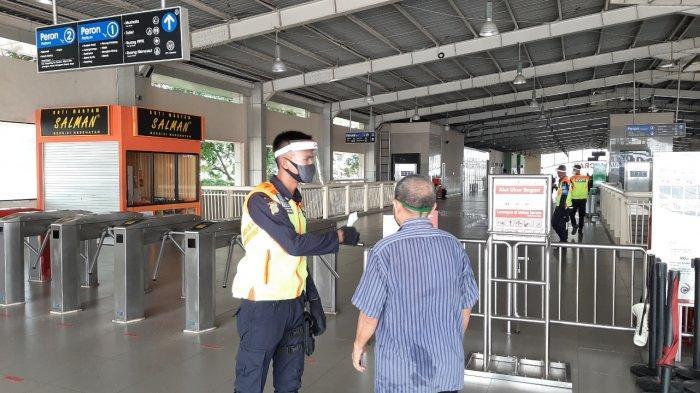 Stasiun Kebayoran Lama Lengang, Penumpang Tetap Wajib Patuhi Protokol Kesehatan