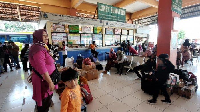 Belum Ada Lonjakan, Pihak Terminal Kampung Rambutan Prediksi Puncak Nataru Pada Tanggal 23 Desember