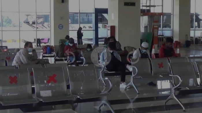 Terminal Terpadu Pulogebang Masih Lakukan Sosialisasi Terkait Kartu Vaksin Sebagai Syarat Perjalanan
