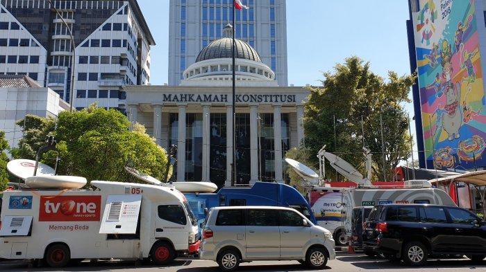 MK Menolak Seluruh Gugatan Prabowo-Sandiaga