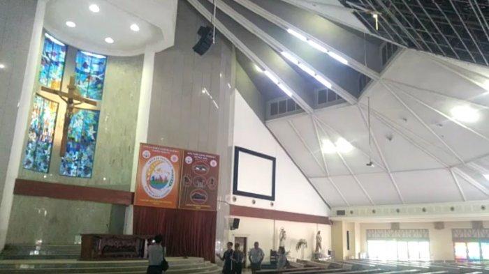 Plafon Gereja Ambrol, Dua Jemaat Terluka, Penyebab Insiden Hingga Ibadah Harus Dipindah