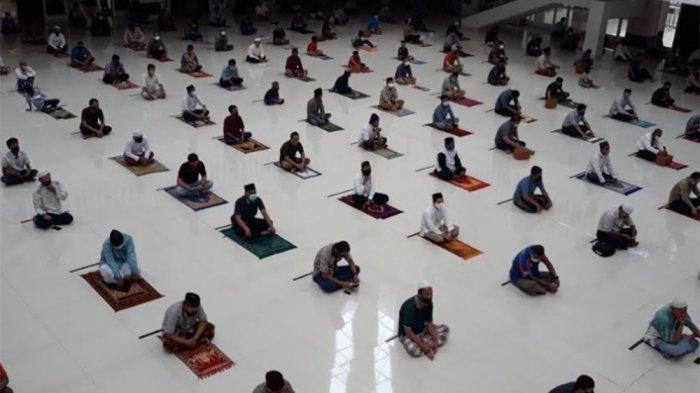Bacaan Niat Salat Idul Adha untuk Makmum & Imam, Dilengkapi Tata Caranya