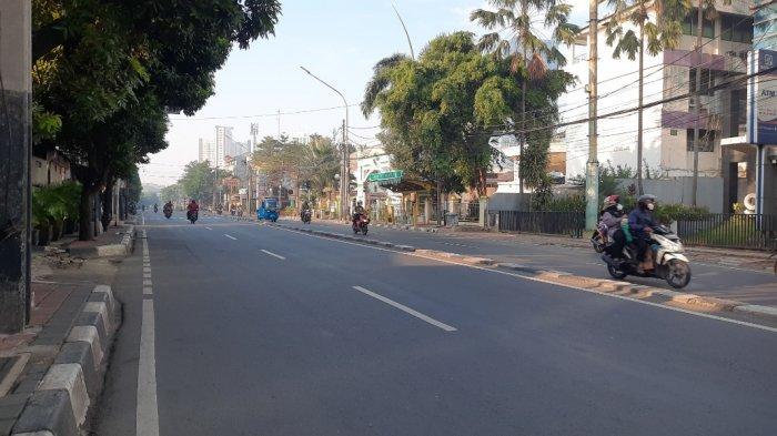Deretan Foto Suasana di Ibu Kota Jakarta di Hari Raya Idul Adha 1442 Hijriah - suasana-jalan-kramat-raya-jakpus-1.jpg