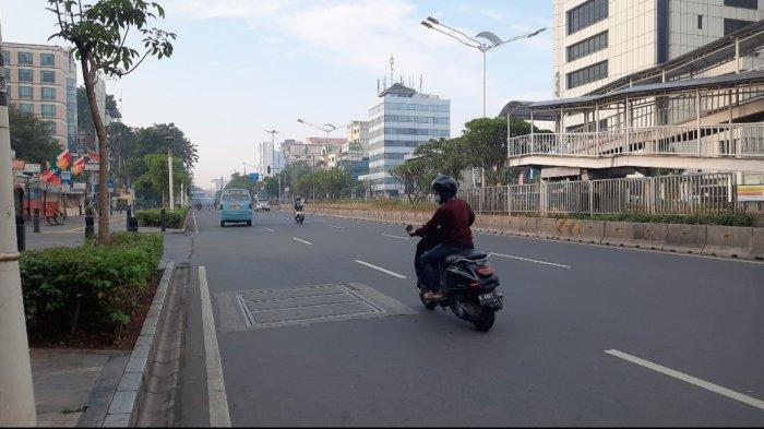 Deretan Foto Suasana di Ibu Kota Jakarta di Hari Raya Idul Adha 1442 Hijriah - suasana-jalan-kramat-raya-jakpus.jpg