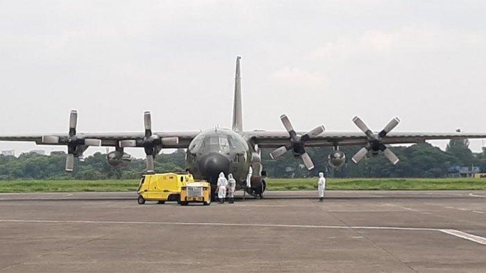 BREAKING NEWS Pesawat Pengangkut Obat-obatan untuk Virus Corona Tiba di Bandara Halim