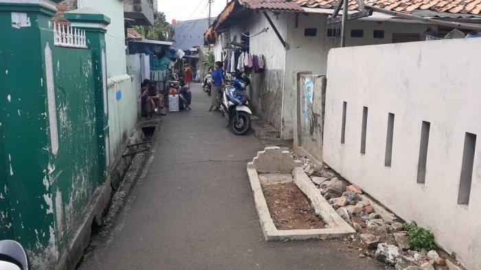 Kuburan di Tengah Gang Pulogadung Jakarta Timur Masih Kerap Didatangi Keluarga Tiap Ramadan