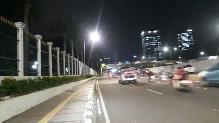 Lancar, Begini Pantauan Terkini Lalu Lintas di Depan Gedung DPR Pukul 19.00 WIB - suasana-lalu-lintas-depan-dpr.jpg