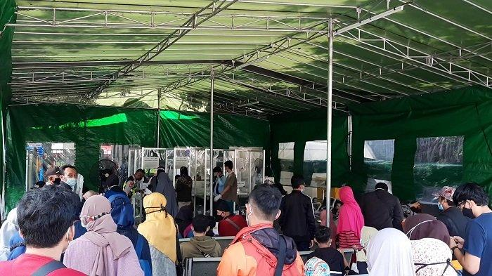 Layanan Tes Covid-19 GeNose di Stasiun Bekasi Ramai Diserbu Calon Pemudik