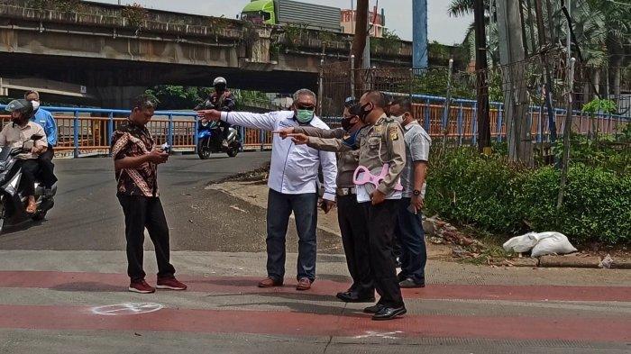 Polisi Kembali Gelar Olah TKP di Lokasi Bajaj Tabrak Transjakarta Pademangan Jakarta Utara