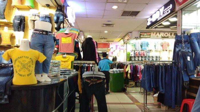 8 Hari Puasa, Amaliyah Sudah Berburu Baju Lebaran di Pasar Tanah Abang