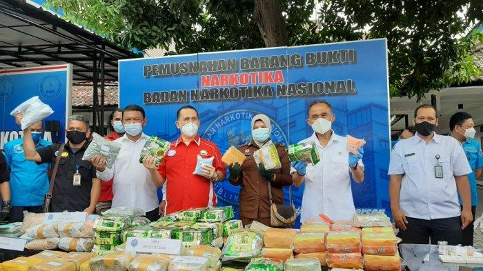 BNN Musnahkan Ratusan Ribu Kilogram Sabu, Puluhan Ribu Ekstasi dan Eutilon