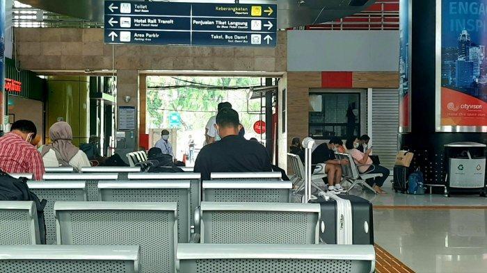 Lonjakan Penumpang Libur Panjang Diprediksi Terjadi Besok, 9.374 Orang Berangkat dari 3 Stasiun