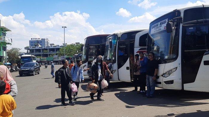 Libur Panjang Hari Raya Paskah, Peningkatan Penumpang di Terminal Induk Bekasi Capi 5 Kali Lipat