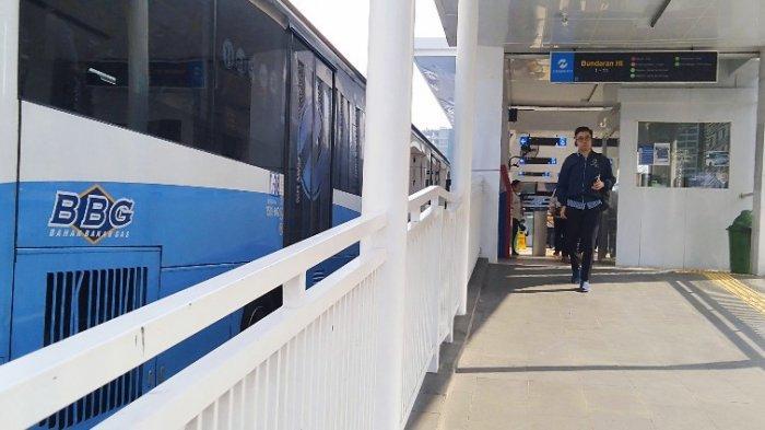 Trauma Mati Listrik, Penumpang MRT Beralih ke TransJakarta