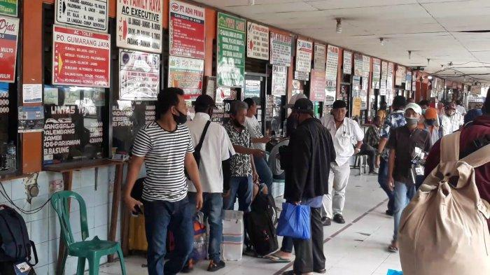 Sesuai Prediksi, Dini Hari Tadi Jadi Puncak Arus Balik di Terminal Kalideres