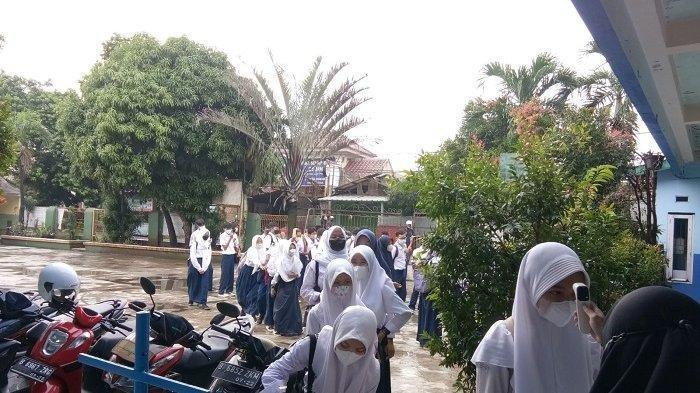 Pedagang di Depok Diminta Tak Berjualan di Area Sekitar Sekolah Saat PTM Berlangsung