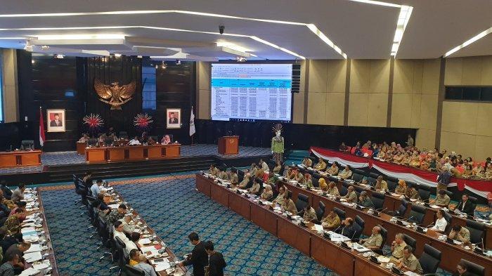 APBD DKI Jakarta Alami Defisit, DPRD Usul Pangkas Tunjangan ASN Pemprov DKI Untuk Tutupi Defisit