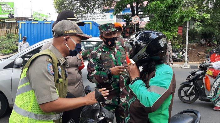 14 Hari PSBB Ketat, 345 Pelanggar Terjaring Razia Masker di Pasar Rebo