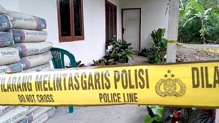Suasana rumah Kadus Katangka, Desa Karama, Kecamatan Rilau Ale, Kabupaten Bulukumba, Sulsel, Aliani yang jadi lokasi pembunuhan.