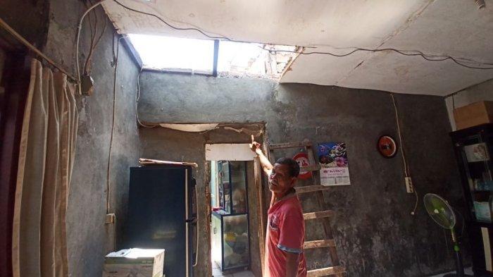 134 KK Terdampak Angin Puting Beliung di Tugu Selatan Jakarta Utara