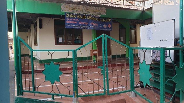 Warga Susukan Salat Iduladha di Rumah, Sejumlah Masjid Tampak Sepi