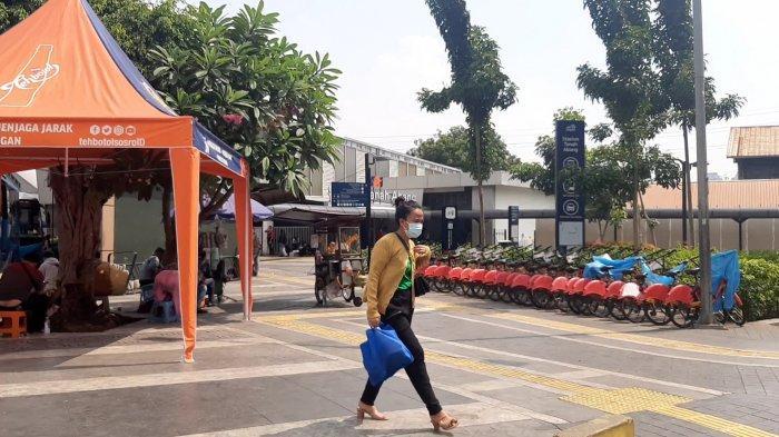 Lebaran 2021, Begini Suasana di Stasiun KRL Tanah Abang Jakarta Pusat