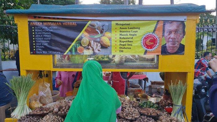 Dipercaya Manjur, Warung Jamu Bang Adut di Pasar Lama Tangerang Bikin 400 Obat Kuat Dalam Sebulan