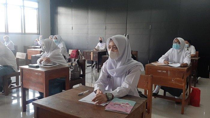 Evaluasi Belajar Tatap Muka, Wagub DKI: Tak Ada Klaster Covid-19, Siswa Senang Belajar di Sekolah