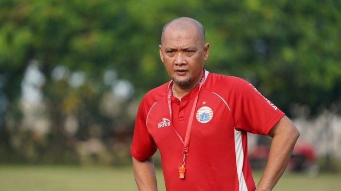 Tak Ada Target dari Manajemen, Sudirman Ingin Bawa Persija Jakarta Keluar dari Zona Degradasi Liga 1