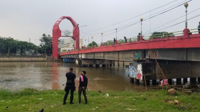 Pria di Tangerang Lompat dari Jembatan Merah ke Sungai Cisadane, Motor Ditinggal di Pinggir Jalan