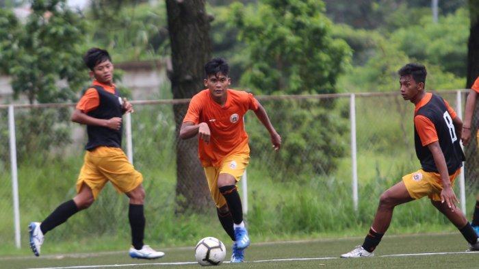 Pelatih Persija Jakarta Beberkan Perkembangan 5 Pemain Mudanya dari Salman Alfarid hingga Sutan Zico