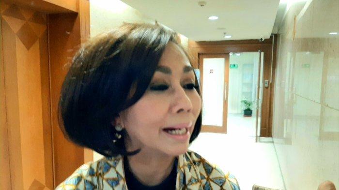 Kepala Dinas Kehutanan DKI Jakarta, Suzi Marsitawati, saat diwawancarai Wartawan, di Balai Kota Jakarta, Kamis (26/12/2019).